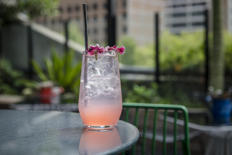 Loop-Roof-Summer-drinks
